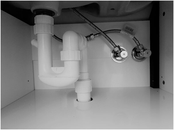 pipes joints - S Traps & P Traps – What are they? How do they work?